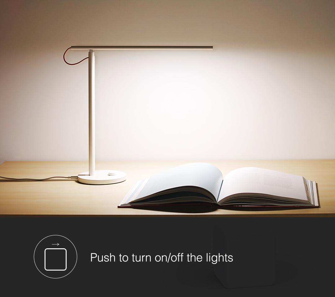 Push Aqara magic cube to turn on/off the lights