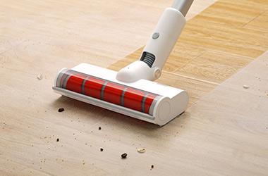 男人爱做家务!有品众筹睿米无线吸尘器